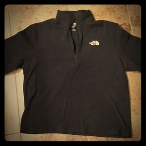 North Face 1/4 zip black pullover. Size L